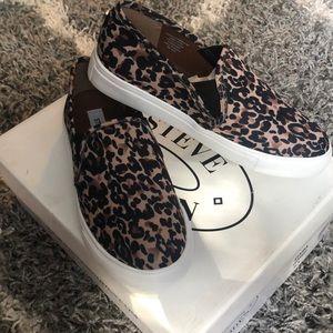 Steve Madden Leopard slip-on sneakers